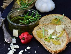Bread, olive oil nutrition
